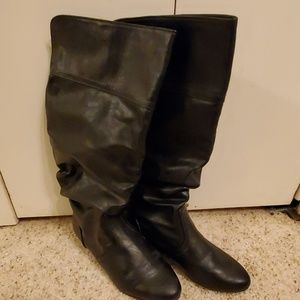 Shoes - Ladies slouch boots